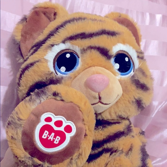 ‼️3/$20 BUILD A BEAR TIGER PLUSH W/ HEARTBEAT ♥️